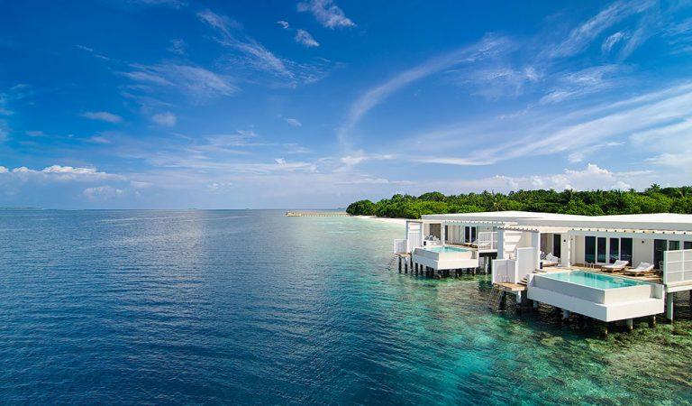 توج أميلا المالديف أفضل فندق في العالم لشهر العسل