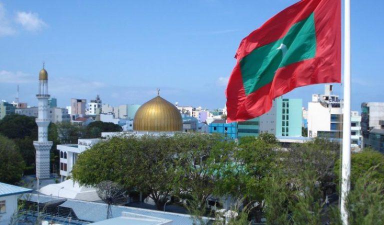 سكان المالديف... مسلمون (5)