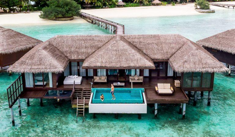 يقدم منتجع وسبا شيراتون المالديف فول موون 130،000 دولار أمريكي استحواذ حصري على الجزيرة